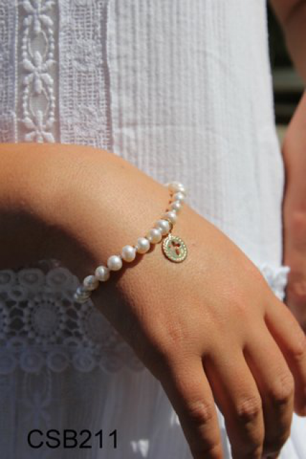 Pearl Bracelet With Cross Charm